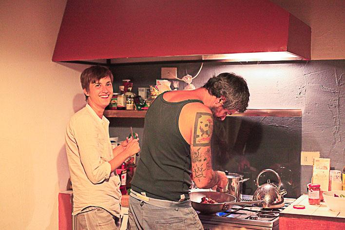 Kyre and Ivano, preparing dinner.