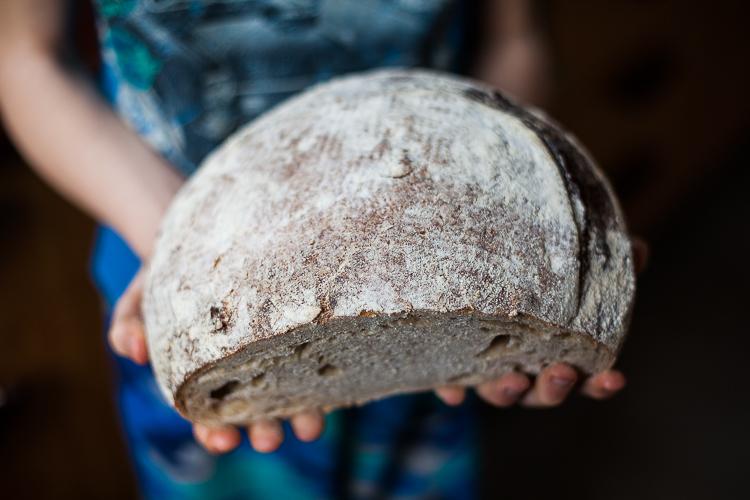Bread wait - sourdough (2 of 4)
